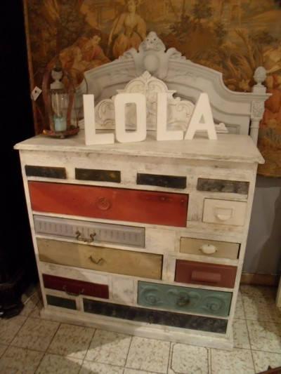 Lola brocante cr ation et restauration de meuble sur for Restauration de meuble